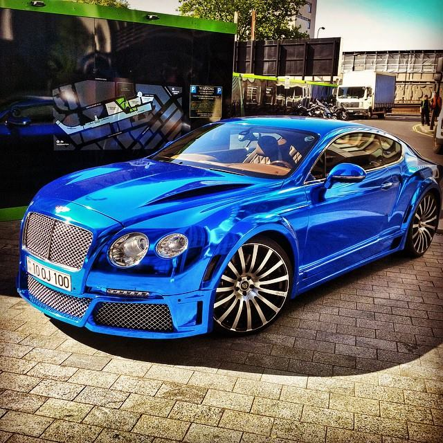 Matte Silver Bentley Awesome: Supercast Chrome: Blue » CWS